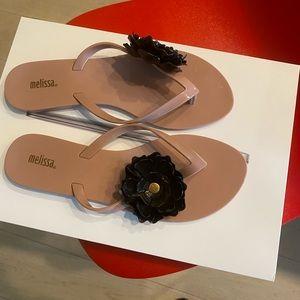 Melissa flip flop size 7 - nude sandal with flower
